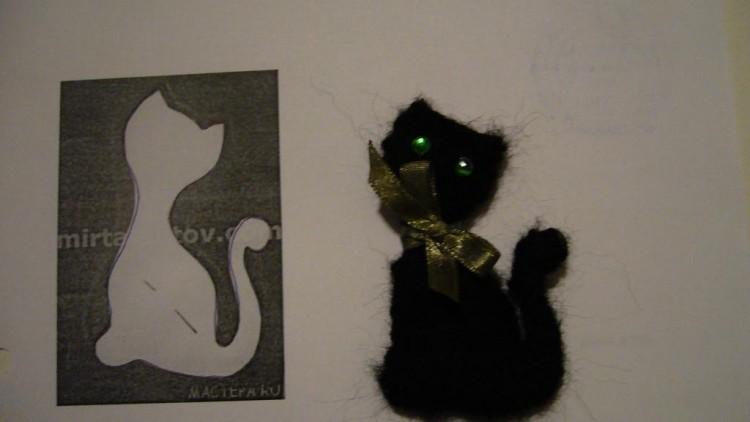Украшение для Хэллоуина: Брошка Черный Кот