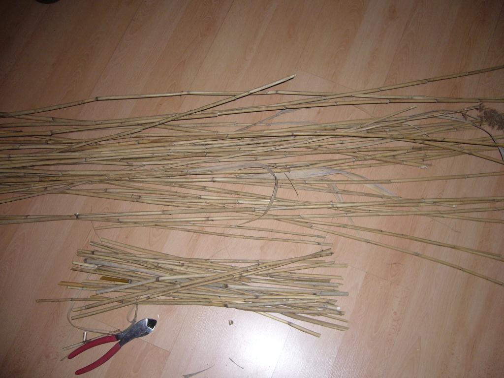 Стебли высокой травы для крыши