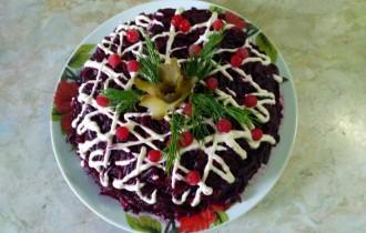 Салат-торт с адыгейским сыром